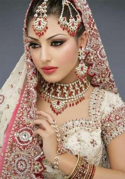 krasivye-indijskie-nevesty-3