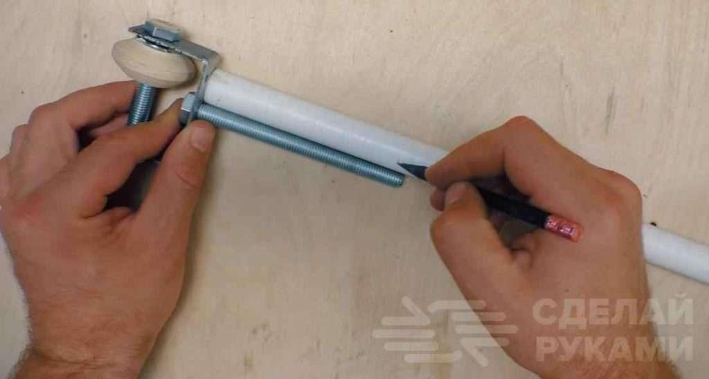 Как сделать курвиметр из куска фанеры и болта Самоделки