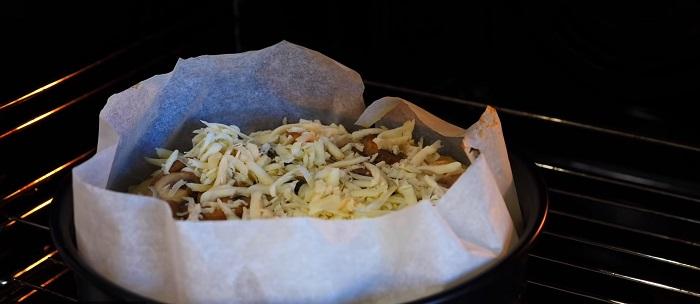 Инструкция по приготовлению картофельного пирога из пюре и курицы Кулинария