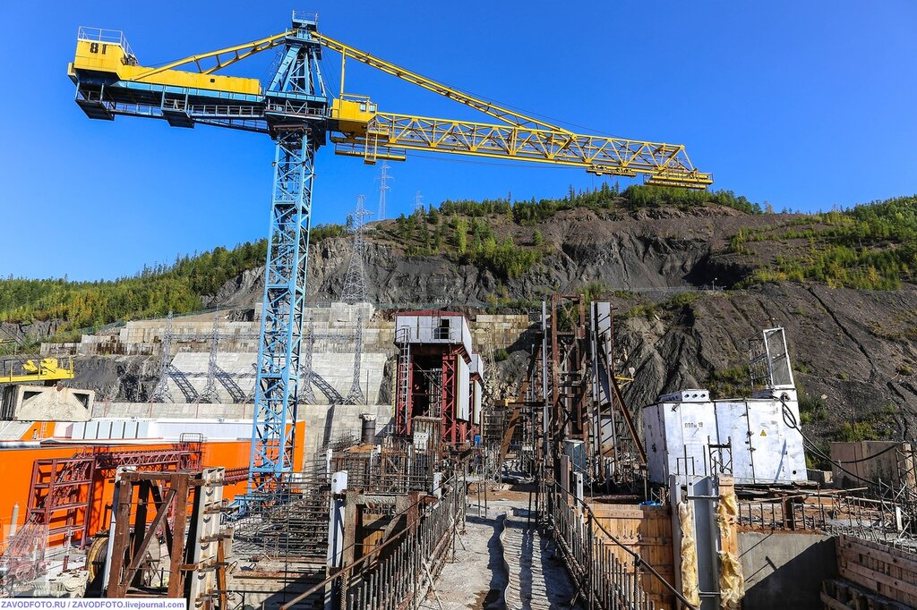 РусГидро запустила третий гидроагрегат Усть-Среднеканской ГЭС ЭНЕРГЕТИКА