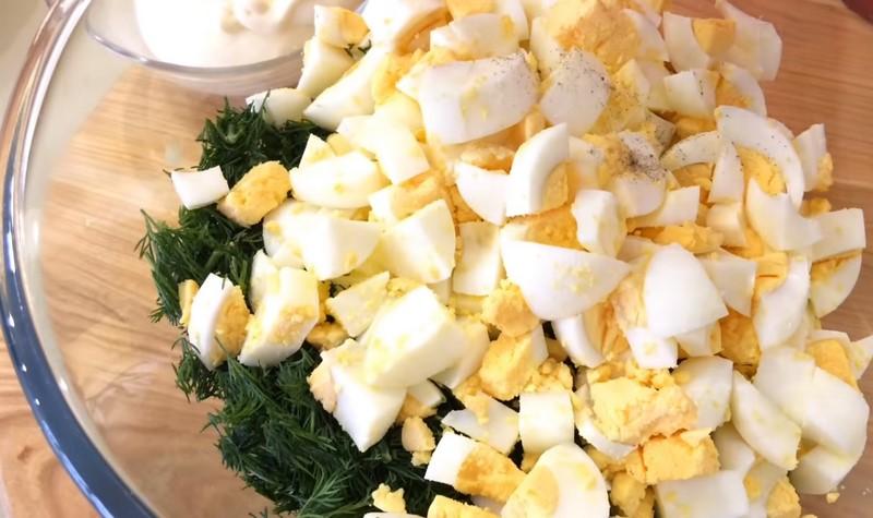 Как приготовить салат с луком и яйцом Кулинария