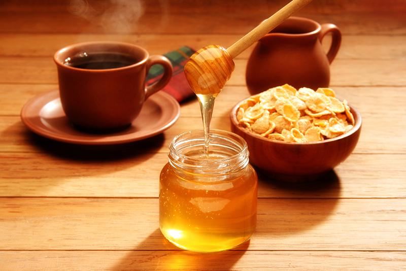 Чем полезен творог с мёдом Здоровье