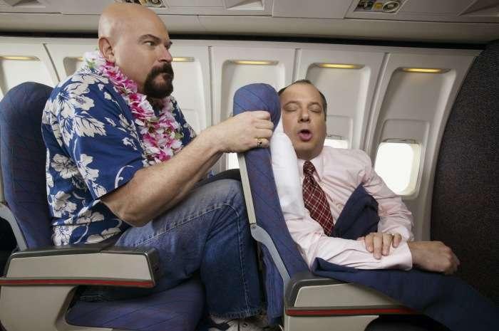 «Добро пожаловать»: что проверяют бортпроводницы, когда приветствуют каждого из пассажиров Интересное