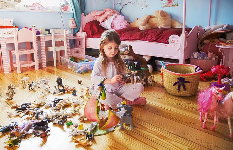 Как убирать в детской? И научить ребенка строить отношения с семьей и принимать решения воспитание ребенка