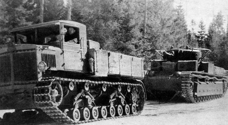 Самый мощный и быстроходный трактор военная техника