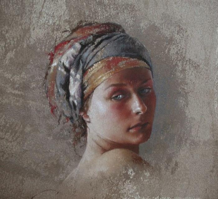 И женщина французская, прекрасна и мила…