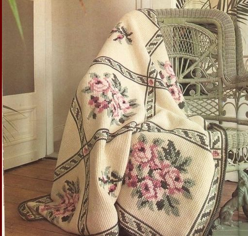Большая коллекция идей вышивки по трикотажу