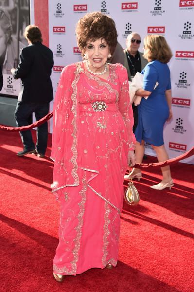 Фигуру Джины Лоллобриджиды многие считали эталоном. Посмотрите, как актриса выглядит в свои 90 celebrities